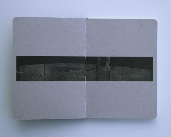 Luna 2 planer. Ilustracija na sivoj korici